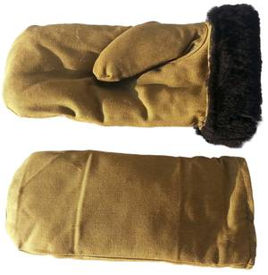 Sheepskin winter mittens